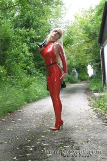 Red Latex Lady (23)