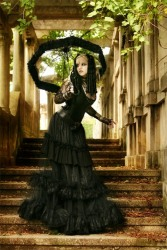 Victorian Goth Ladies (14)