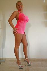 Curvy Lady (33)