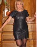 Curvy Lady (42)