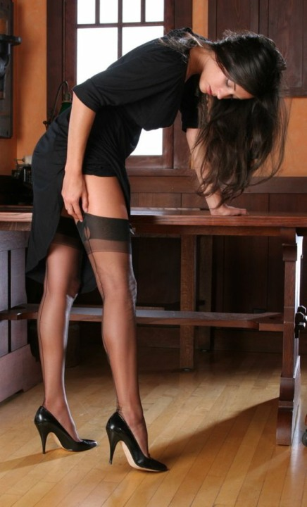 seams-like-stockings-25