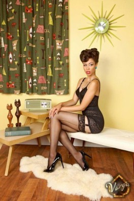 seams-like-stockings-31
