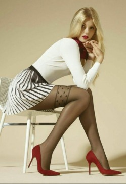 stockings-and-heels-15