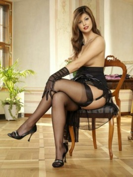 stockings-and-heels-16