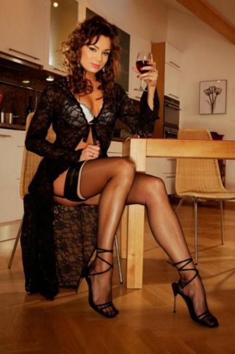 Stockings-And-Heels-5  Boyofbows Weblog-1433
