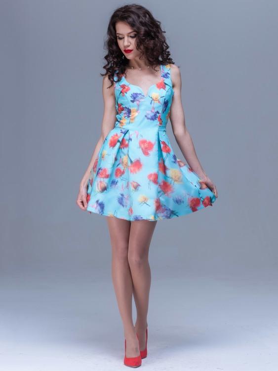 Stunning Short Skirts (16)