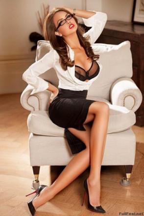Very Smart Lady (59)