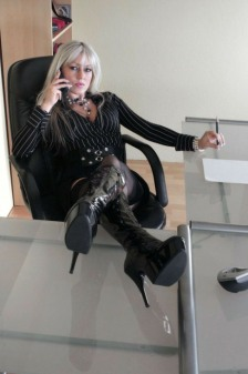 Lady In Boots (32)