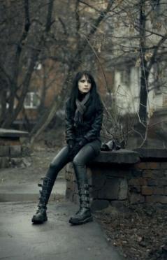 Enchanted Gothic Beauty (2)