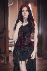 Enchanted Gothic Beauty (14)