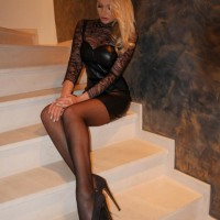 Lovely Ladies Love Nylons