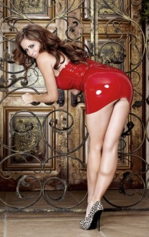 Red Latex Lady (46)