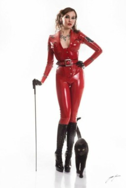 Red Latex Lady (59)