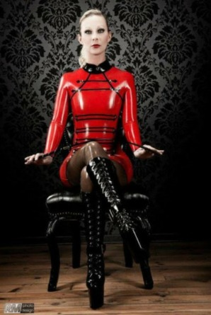 Red Latex Lady (64)