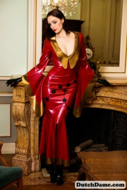 Red Latex Lady (51)