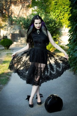 Enchanted Gothic Beauty (26)