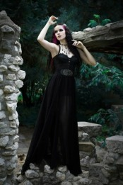 Enchanted Gothic Beauty (27)