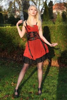 Enchanted Gothic Beauty (28)