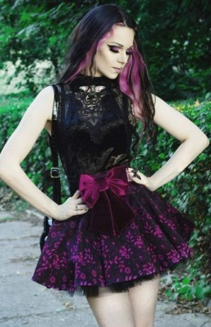 Enchanted Gothic Beauty (29)