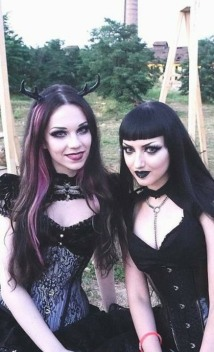 Enchanted Gothic Beauty (31)