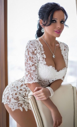Glamour In White (8)