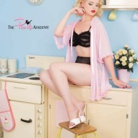 Pretty Pin-ups Looking Lovely In The Pink