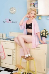 Pretty Pink Pinups (7)