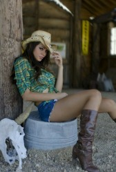 Country Girl (50)