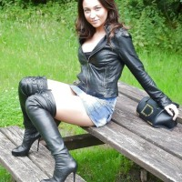 Beautiful Lovely Ladies' Boots Go Thigh High (Hotties Wear Boots)