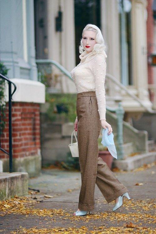 Lady Luck Herringbone Trousers in Brown