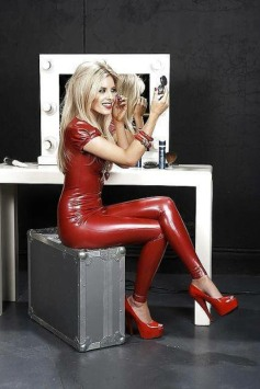 Latex Or Leather (31)
