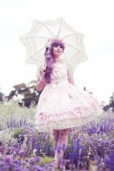 Lolita (74)
