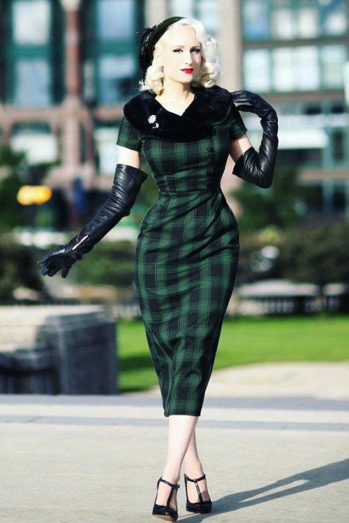 Rachel Tartan Pencil Dress in Green