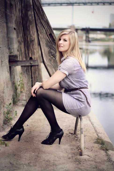 Short Short Skirt (8)