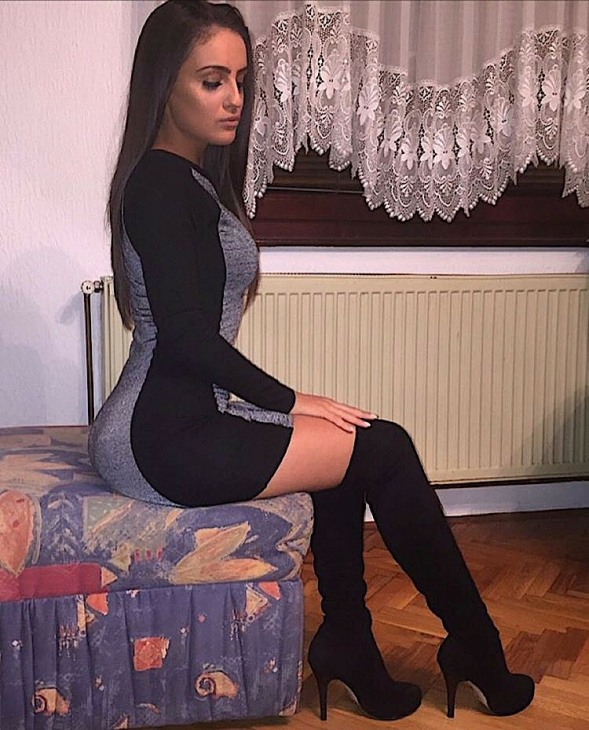 Boots Boots (4)