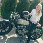 Motorbike Ladies (2)