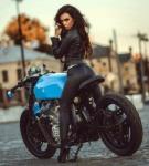 Motorbike Ladies (3)