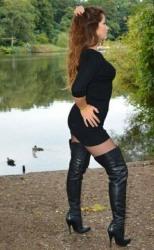 Ladies Choose Boots (40)