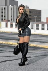 Leather Ladies (27)