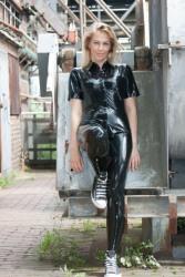 Leather Ladies (28)