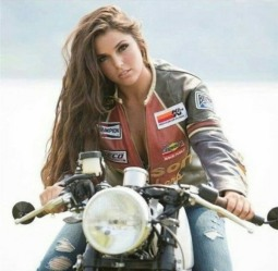 Biker Beauties (42)